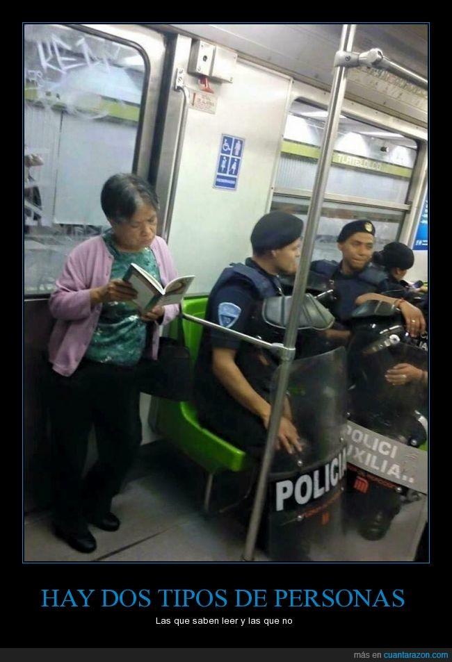 asiento,ceder,leer,metro,policia,señora,transporte