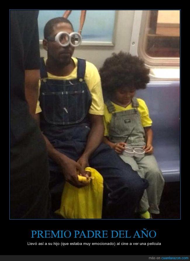 disfrazado,emocion,gafas,hijo,Minion,niño,padre,peto,tejano