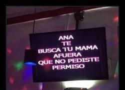 Enlace a Y mientras tu madre en casa sufriendo, Ana...
