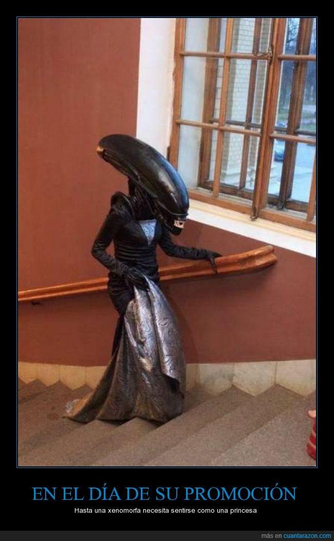 alien,baile,cosplay,disfraz,graduacion,princesa,traje,vestido,xenomorfa,xenomorfo