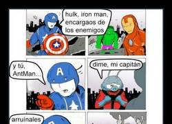 Enlace a ANT-MAN