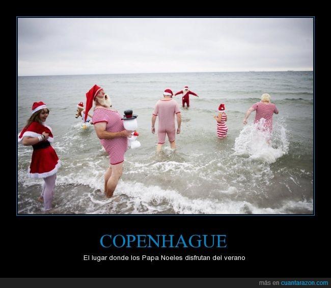 agua,bañito,baño,mar,Papa Noel,playa,Santa Claus