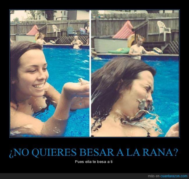 ataque,besar,beso,chica,humor,mojar,piscina,rana,salto
