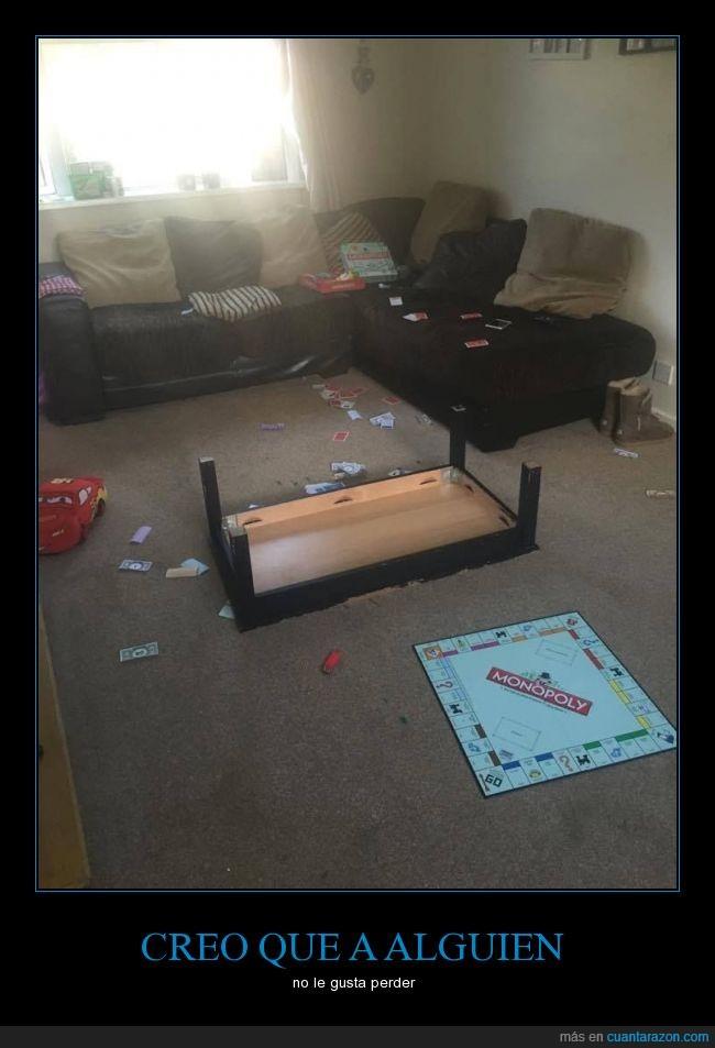 enfado,fts,juego de mesa,mesa,Monopoly,suelo,tirar,ttablero