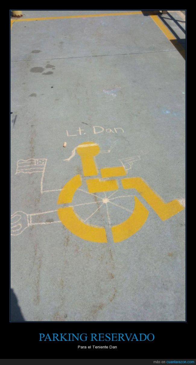 aparcamiento,dibujar,Forest Gump,lt. Dan,parking,pintar,Teniente Dan