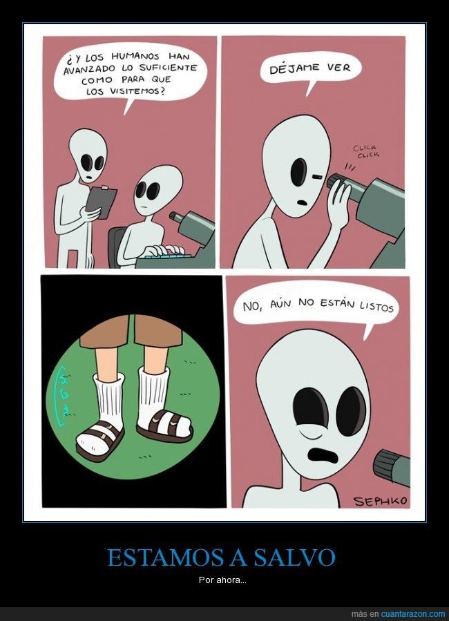 alien,avanzado,avanzar,calcetines,chanclas,cutre,evolucion,evolucionado,humano,sandalias