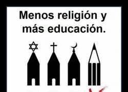 Enlace a El saber no debería depender de religiones