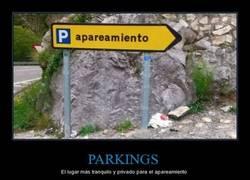 Enlace a A los parkings por la noche se va a lo que se va