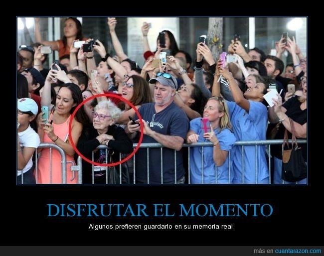 captura,disfrutar el momento,estreno,fotos,la gente se está volviendo loca,memoria,móvil