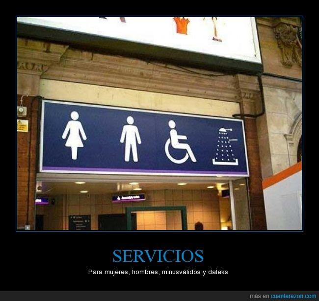 aseos,cartel,dalek,Doctor Who,ducha,figuras,hombres,minusválidos,mujeres,servicios