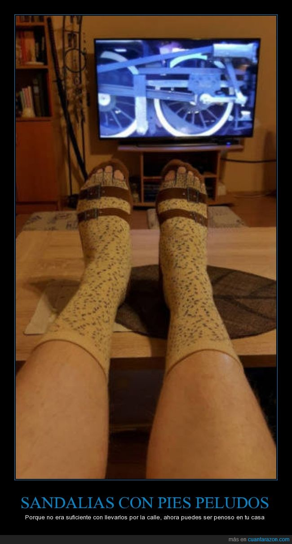 alemanes,calcetines,cutre,estampado,extrangeros,guiris,ingleses,sandalias,zapatillas