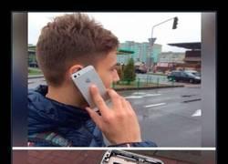 Enlace a CUANDO TODOS TIENEN IPHONE