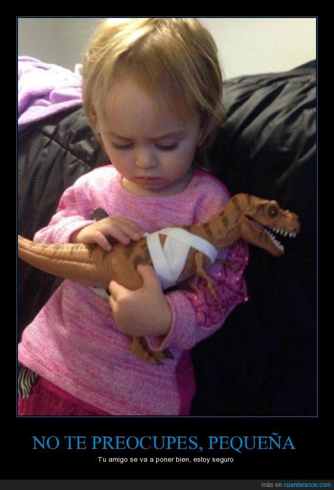 arreglar,dinosaurio,niña,pequeña,preocupada,t rex,t-rex,trex,venda