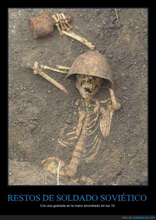 calavera,esqueleto,granada,segunda guerra mundial,soldado,tierra