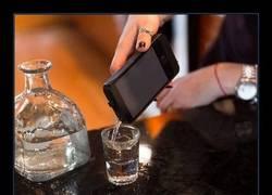 Enlace a Ahora podrás colar siempre alcohol a las discotecas...