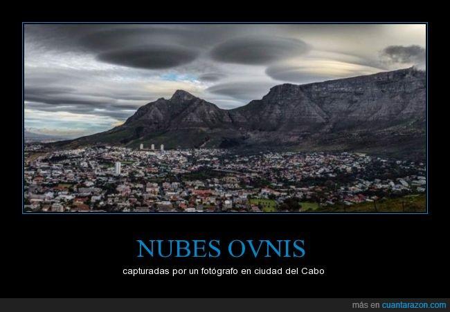 Cabo,ciudad,Nubes lenticulares,ovnis,son producto de los vientos descendentes de la montaña,sudáfrica