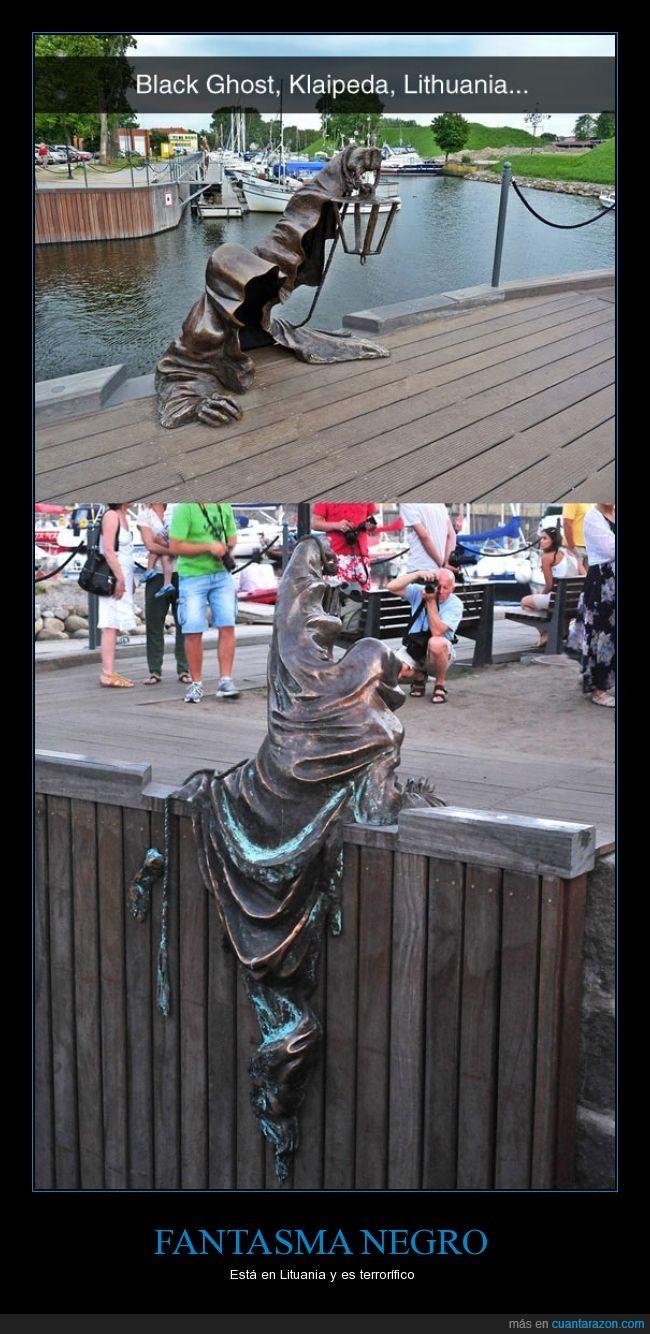 escultura,fantasma,lituania,negro