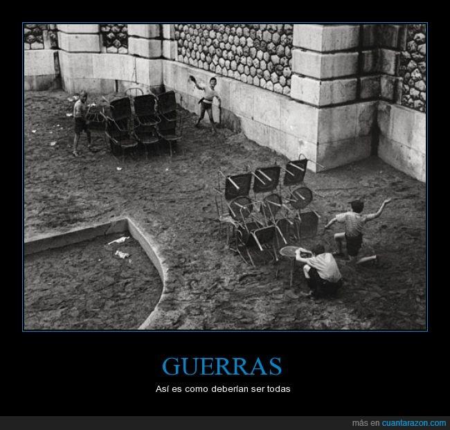 bancos,guerra,jugar,mesa,niños,pupitres.guerras