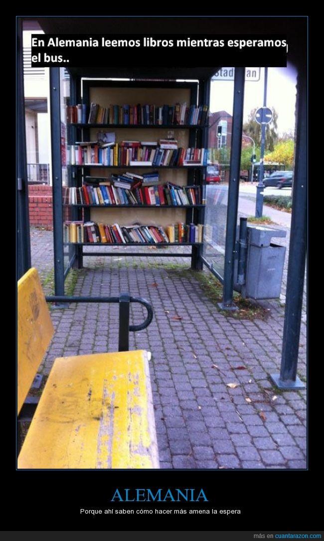 aburrido,aburrimiento,alemania,bus,esperar,genial,libros,parada