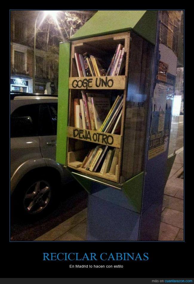 biblioteca,cabina,coge,deja,estantería,libro,otro,reciclar,reutilizar,telefono,uno