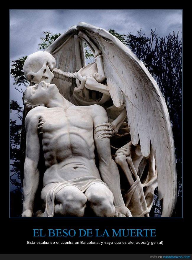 aterrador,Barcelona,beso,cementerio,estatua,hombre,miedo,muerte,Poble Nou