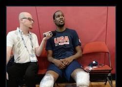 Enlace a Kevin Durant, reconócelo, tus piernas son de alien. Dilo ya, no pasa nada.