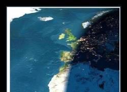 Enlace a En Cataluña es de noche y en Galicia de día
