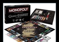 Enlace a Monopoly versión Juego de Tronos. Lo quieres. Lo necesitas