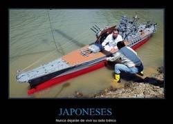 Enlace a Japoneses. Simplemente no pueden hacer nada ''normal''...