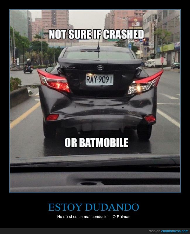 batmovil,carretera,chocar,coche,roto,wtf