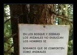 Enlace a Estos carteles debería haber en los bosques