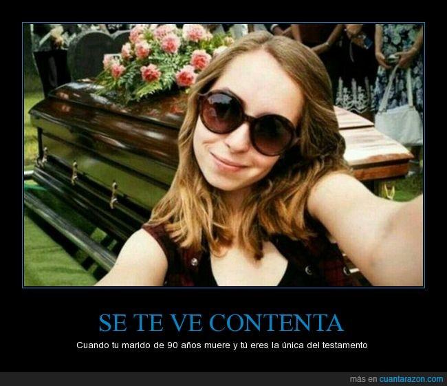 ataúd,caja,ex,mujer,selfie,testamento
