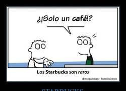 Enlace a Si pides un café en el Starbucks te miran raro