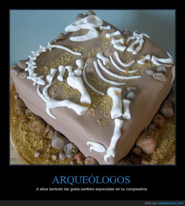 arqueologos,dinosaurios,huesos,tarta