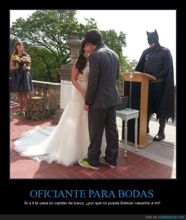 batman,boda,oficiante