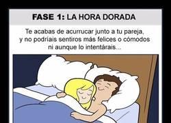 Enlace a Las 6 fases de dormir en pareja que todos sufrimos