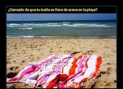 Enlace a Si odias la arena, con este truco nunca más vas a pringarte en la playa