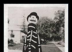 Enlace a Esta foto de Tim Burton explica muchas cosas