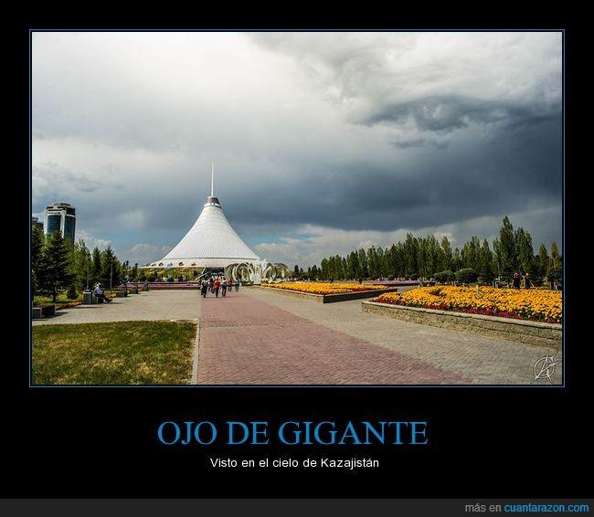 Kazajistán,nube,ojo de gigante