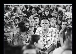 Enlace a Éstas son las caras de los padres que llevan a sus hijas a un concierto de One Direction