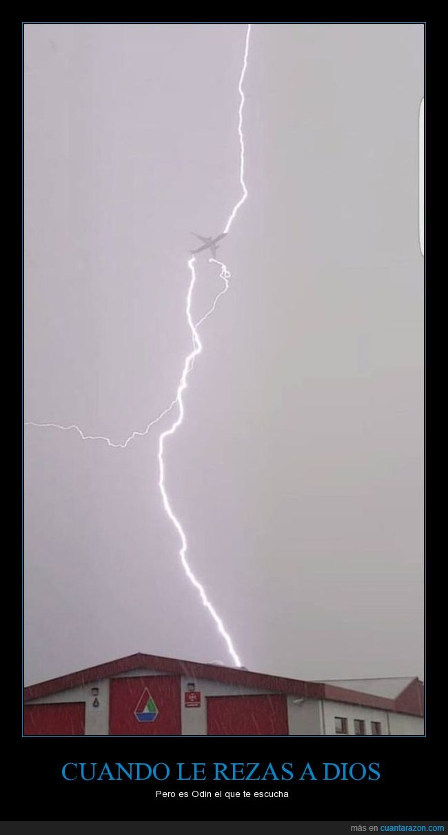 avión,rayo,tormenta