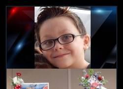 Enlace a Niño asesinado en un tiroteo escolar recibe un funeral temático de superhéroes