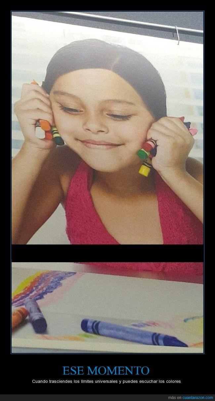 color,crayones,escuchar,humor,niña