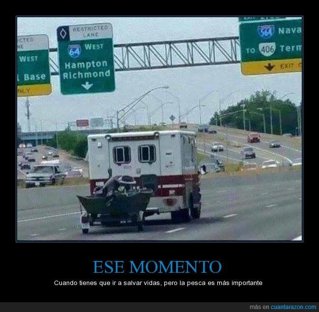 ambulancia,autopista,bote,coche,pescar,wtf