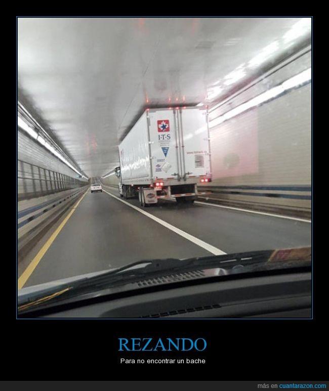 camión,justo,tunel