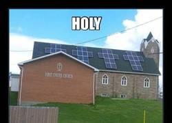 Enlace a Paneles solares en forma de cruz