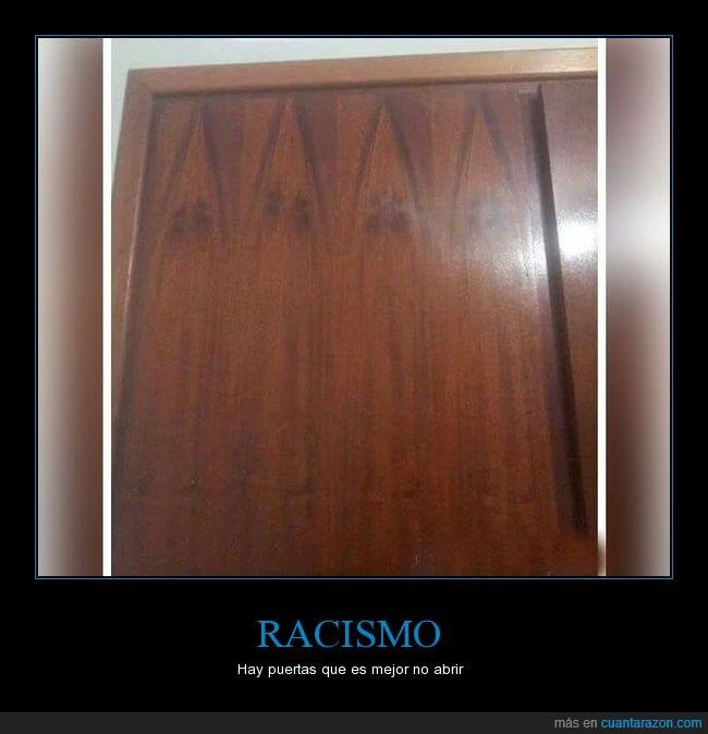 jaja,kkk,puerta,racista