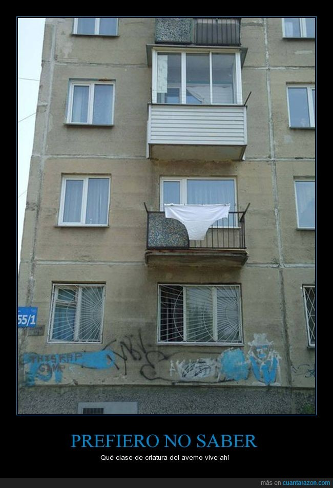 balcón,braga,calzones,gigantes,pantaleta,paracaídas
