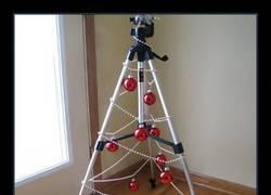 Enlace a El trípode navideño
