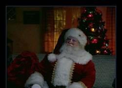 Enlace a El perfil de Tinder de Santa Claus